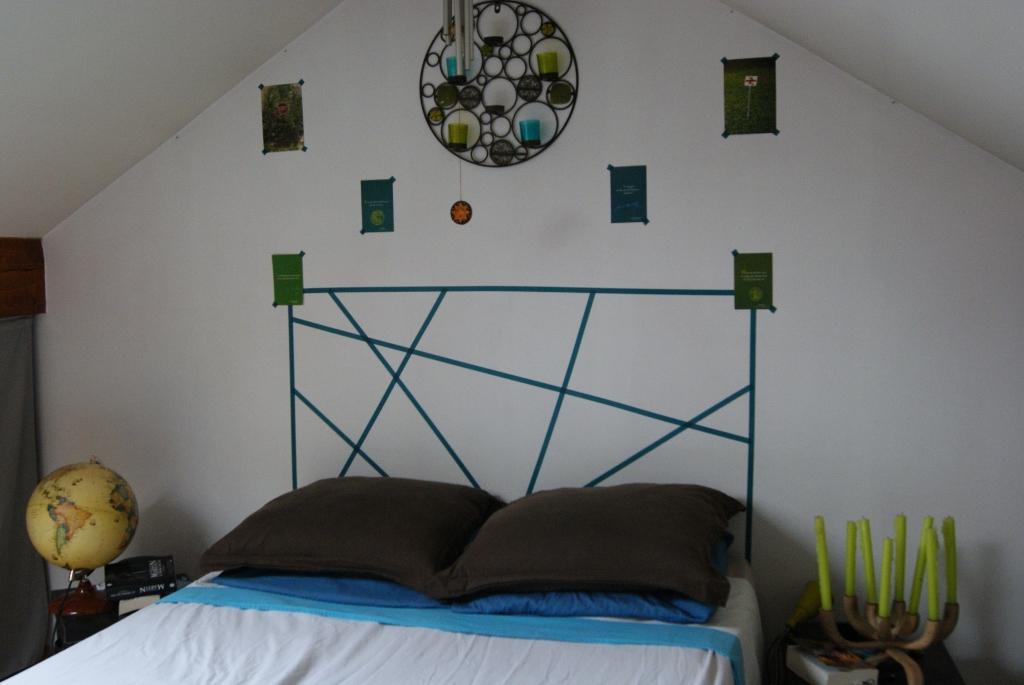 Home design a deer and grace o 39 malley on pinterest - Tete de lit masking tape ...