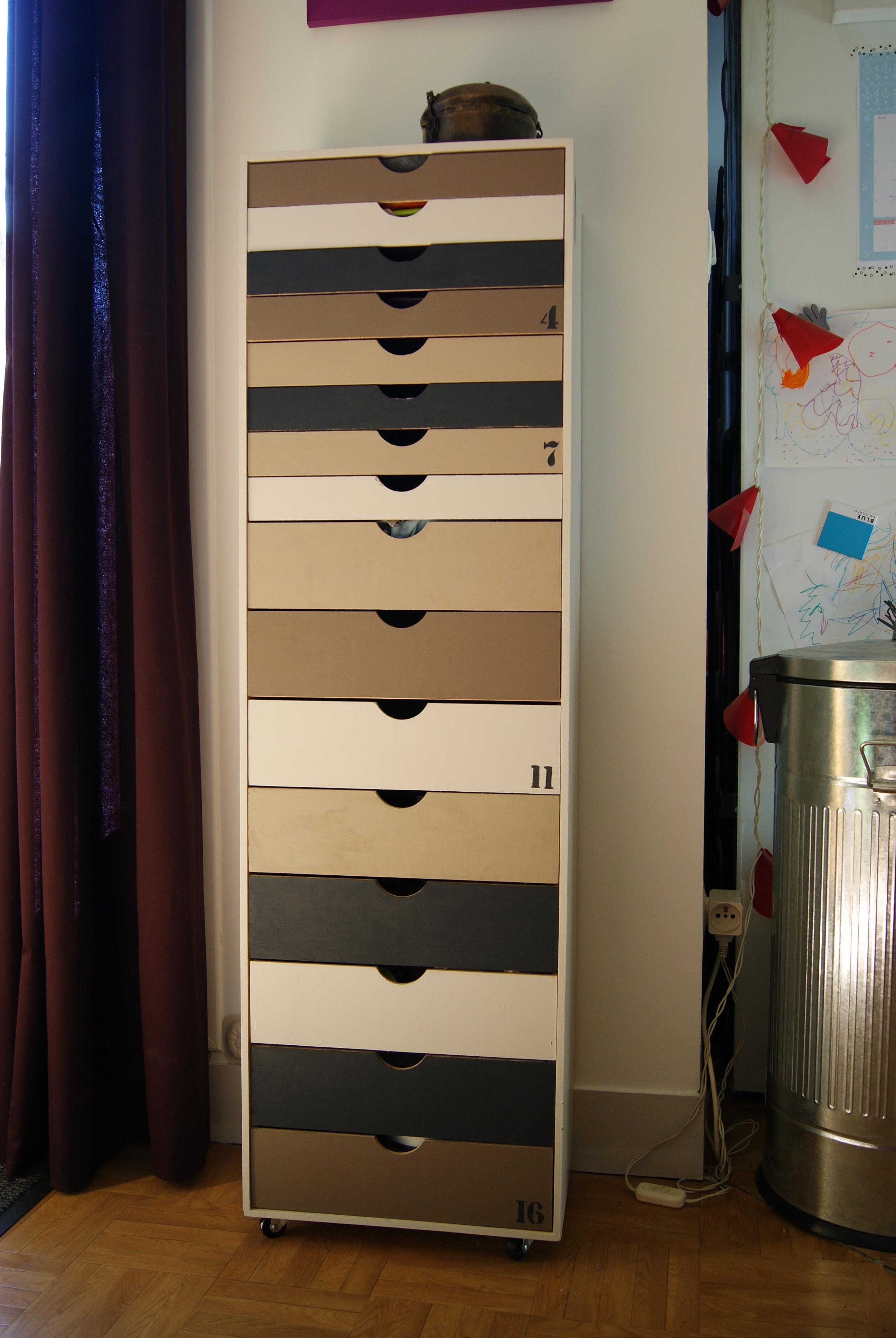 chiffonnier de salon transition pictures. Black Bedroom Furniture Sets. Home Design Ideas